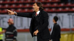 Bonetti a plecat din Groapă, dar nu renunţă la salariile neîncasate