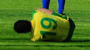 Fotbaliştii riscă să se trezească cu salariile înjumătăţite