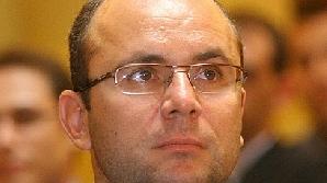 Cozmin Guşă este consilierul lui Mircea Geoană