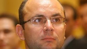 Cozmin Guşă: Îl dispreţuiesc pe Ponta