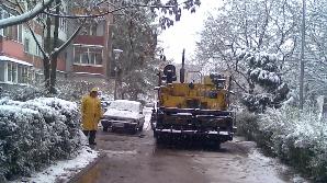 Asfaltare pe zăpadă la Timişoara