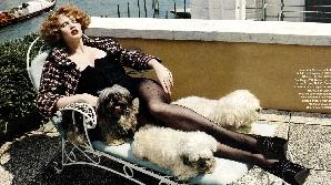 Lara Stone, preferată de marca Vuitton