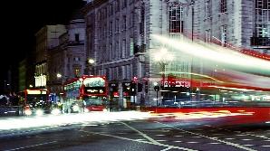 Londra ar putea să fie atacată de terorişti chiar şi pe timpul nopţii.
