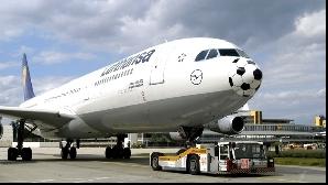 Piloţii de la Lufthansa nu se dau bătuţi şi pun presiune pe conducere anunţând o nouă grevă generală.