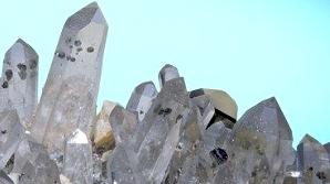 Bijuterii semipreţioase, roci şi minerale la ofertă