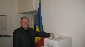 Românii din Moldova au votat masiv cu Băsescu