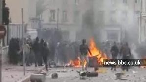 Grecia: La măsuri sociale drastice, reacţii sociale pe măsură.