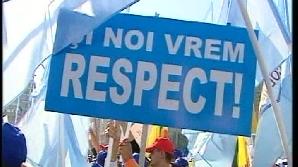 Nemulţumiţi de noua lege de salarizare mii de sindicalişti au ocupat Piaţa Victoriei pe 7 octombrie