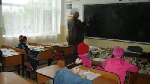 Rechizitele şcolare gratuite sunt pe drum