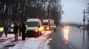 Şoferii mureşeni surprinşi de prima zăpadă