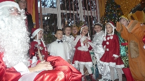 În mai multe grădiniţe părinţii nu participă la serbările de Crăciun