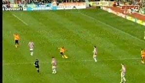 Maynor Figueroa, de la Wigan, a înscris un gol senzaţional în meciul cu Stoke