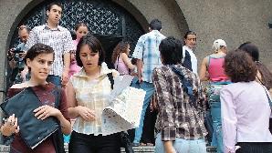 Fluturaşii au fost împărţiţi în căminele studenţeşti