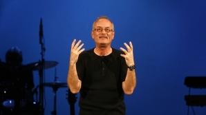 Tot ce vrea Toni Grecu, fondatorul grupului Divertis, este ca Gyuri Pascu sa se faca bine