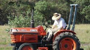 Agricultorii ar putea obţine prime pentru înnoirea tractoarelor