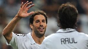 Ruud Van Nistelrooy, propus la Liverpool