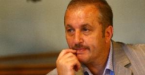 Vasile Dâncu crede că Geoană este lucrat din propriul partid