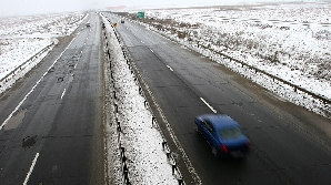 Poleiul a blocat autostrada către Constanţa