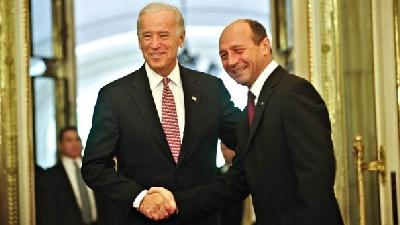 La București, Joe Biden a pus la cale împreună cu Traian Băsescu intrarea includerea României în scutul antirachetă/Foto: MEDIAFAX