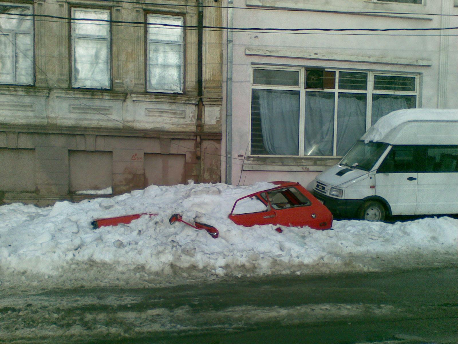 Dacia sub zăpadă