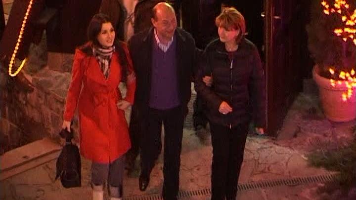 Preşedintele a rămas la Sinaia.