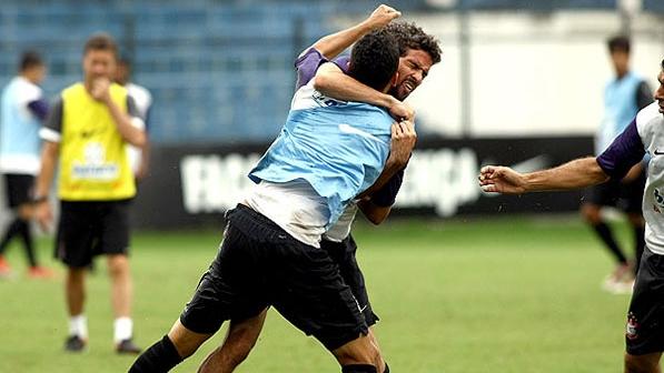 Marcinho şi Denis s-au luat la bătaie la antrenamentul celor de la Corinthians
