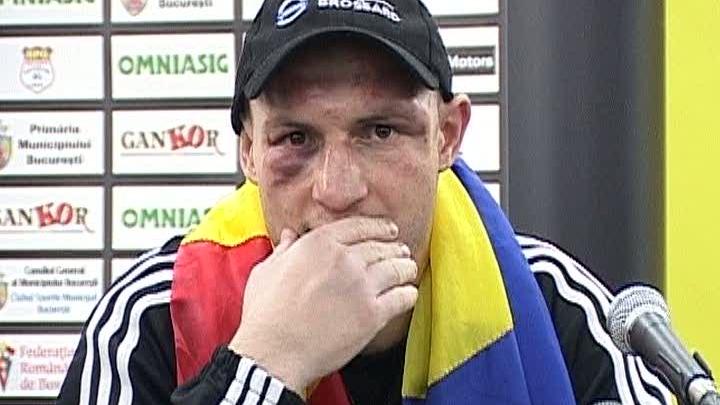 Adrian Diaconu boxează din 1987 şi a devenit campion mondial în 2008