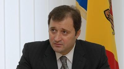 Vlad Filat a cerut să fie scoasă sârma ghimpată de pe Prut