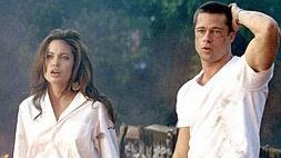 Angelina Jolie şi Brad Pitt