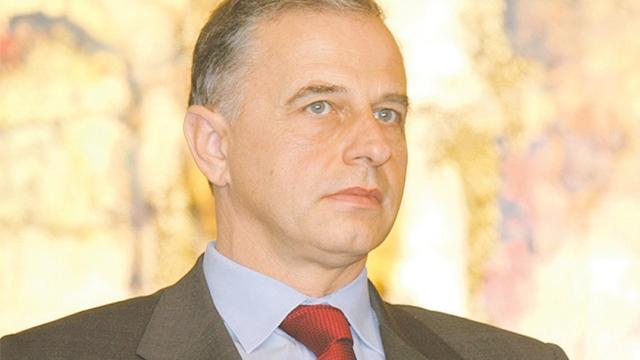 Mircea Geoană nu vrea să piardă puterea în PSD