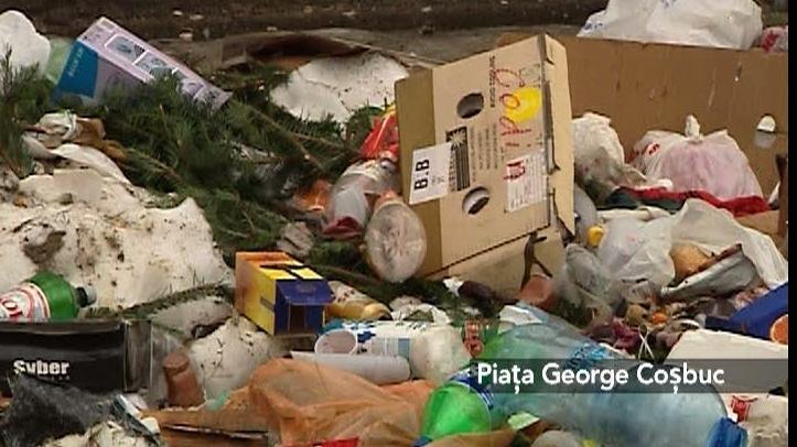 Bucureştiul este plin de gunoaie după sărbători
