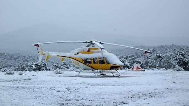 Două elicoptere vor asigura transportul pacienţilor izolaţi de zăpadă