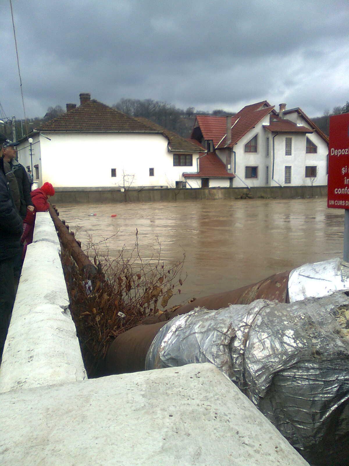 Judeţul Hunedoara nu este ocolit de inundaţii