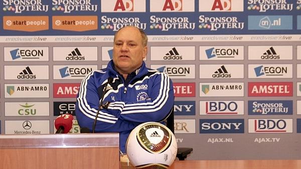 Martin Jol crede că Unirea Urziceni ar fi fost un adversar uşor pentru Ajax
