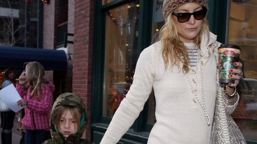 Kate Hudson, alături de fiul ei Ryder în vârstă de 5 ani.