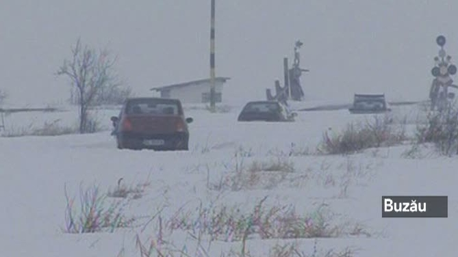 Problemele au continuat în întreaga ţară din cauza temperaturilor scăzute.