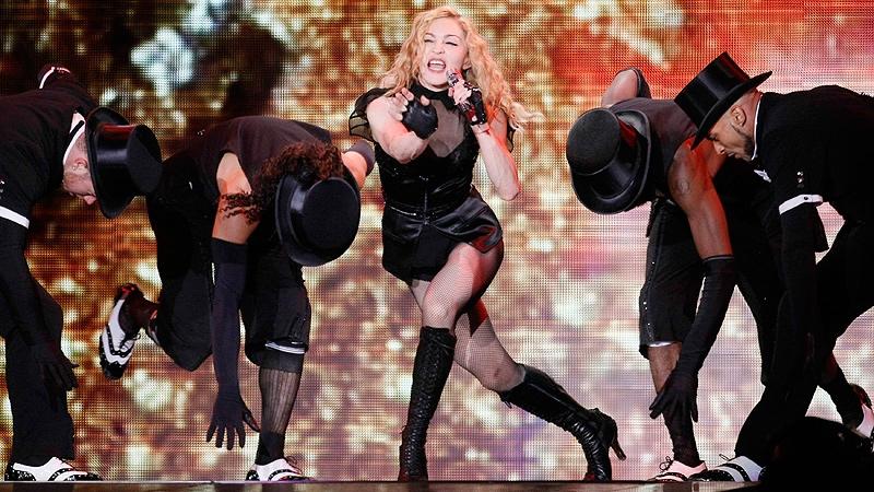 Madonna, în premieră, pe o scenă românească