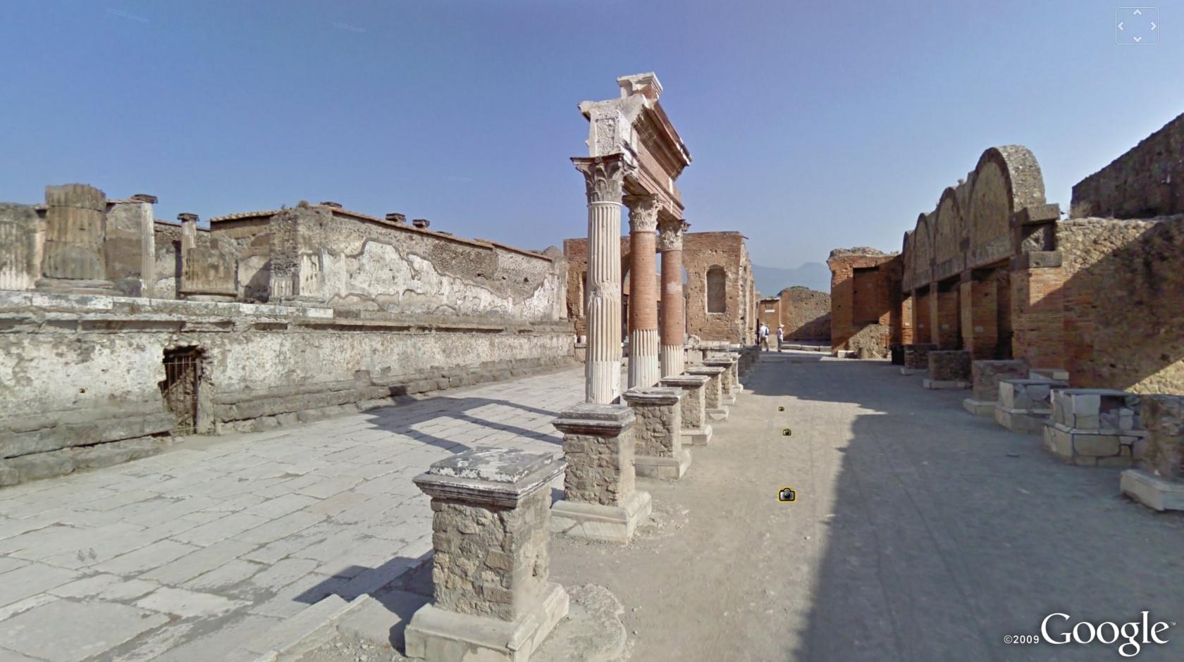 Imagini realizate pentru Google Street View din Pompei