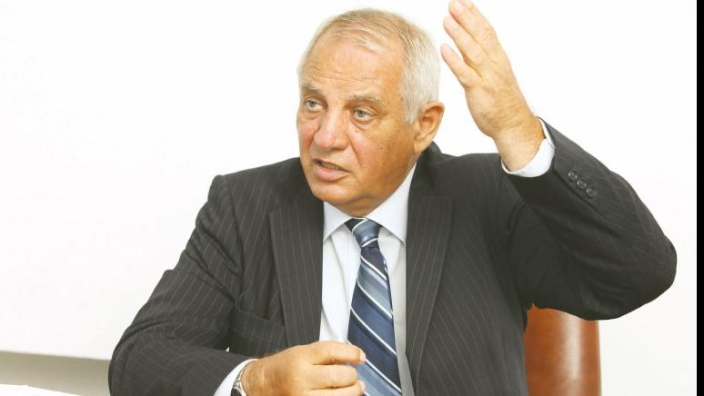 Mihai Şeitan mai trebuie să treacă un hop mâine împreună cu tot guvernul
