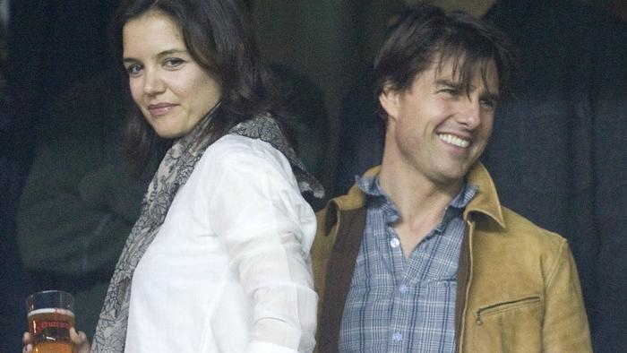 Tom şi Katie, la bere