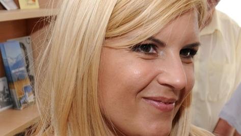 Elena Udrea încrezătoare că se poate descurca cu banii de la buget/FOTO: NewsIN