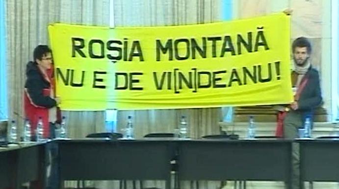 Videanu a avut parte la audieri de proteste privind Roşia Montană