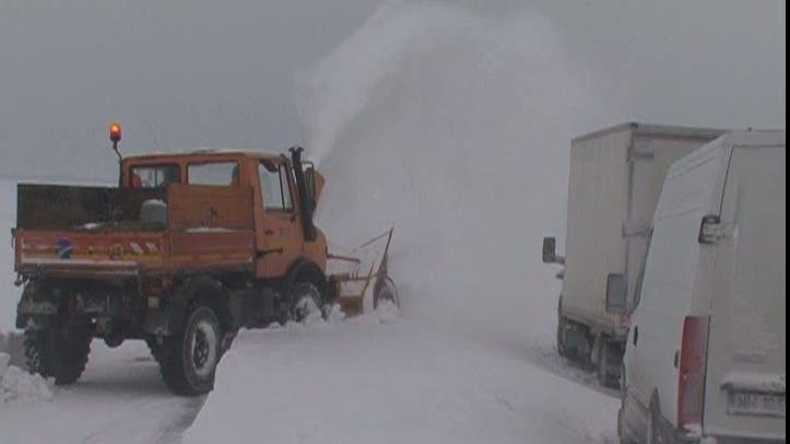 Drumul European 85 este închis din cauza zăpezii