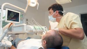 Cum putem preveni boala care ne lasă fără dinţi: Trebuie să intervenim în alimentaţie