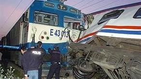 Două trenuri de pasageri s-au ciocnit în Turcia