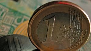 Cursul de schimb a încheiat şedinţa interbancară de vineri la 4,3820 - 4,3830 lei/euro