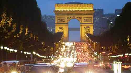 Champs Elysees / FOTO: chicline.com