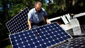 Panouri fotovoltaice / FOTO: ebscosustainability.com