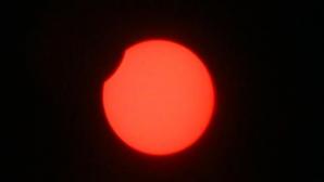 O eclipsă parţială de Soare va avea loc joi