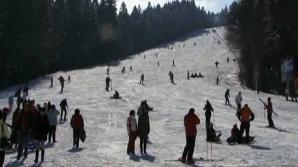 În ciuda temperaturilor ridicate, pe Valea Prahovei s-a schiat